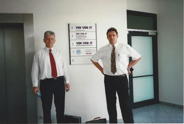 Michael Reimann and Dr Jürgen Mutschler (left)